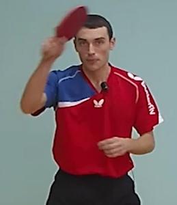 Топ-спин справа - один из ударов в настольном теннисе