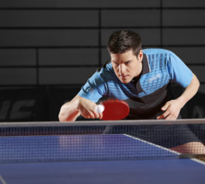 Тренировка Дмитрия Овчарова в настольном теннисе
